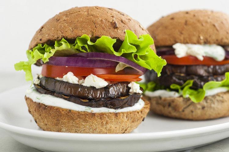 burger végétarien aubergine